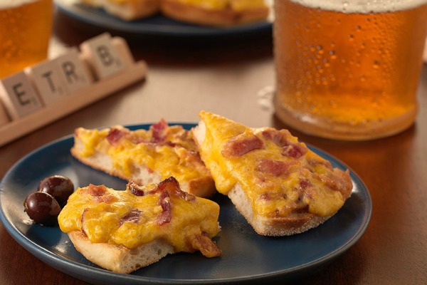 Bays Bacon, Beer & Cheddar English Muffin Bites