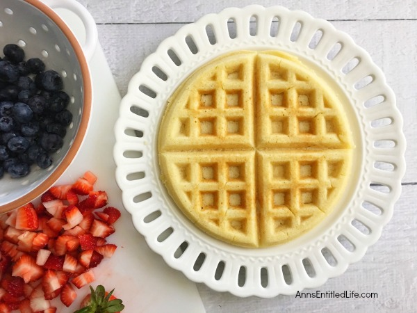 Flag Waffle Recipe.Looking for a patriotic holiday breakfast? These adorable American Flag Waffles is a tasty breakfast waffle and wonderful fresh fruit combination that your children will love!