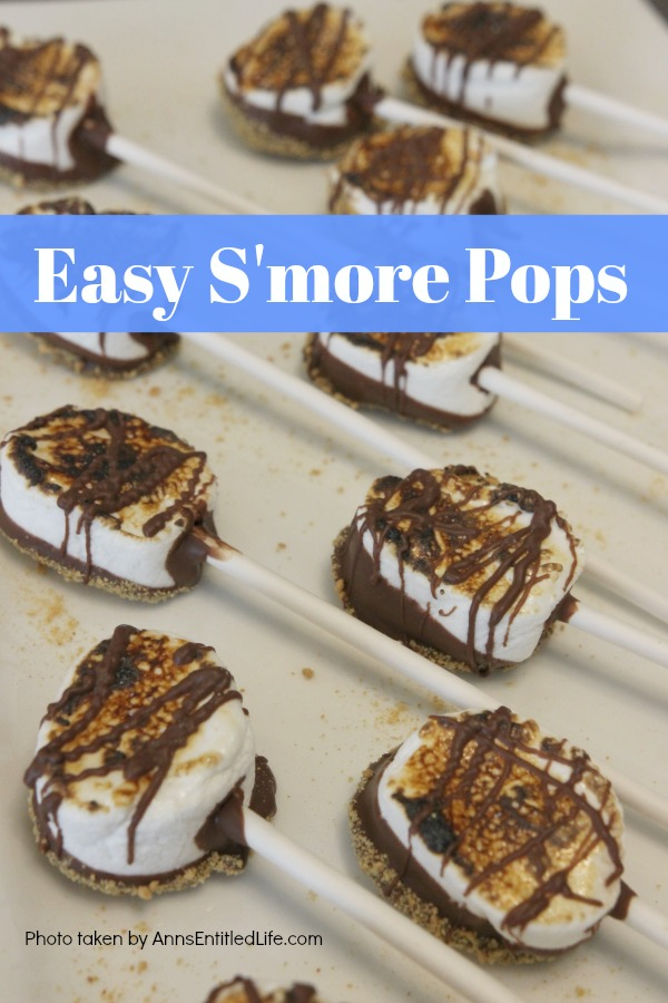 Easy S'mores Pops Recipe. You do not need a campfire to get the great taste of S'mores. Easy to make these delicious S'mores pops are made right in your kitchen in about 10 minutes. Great for parties and snacks, these fabulous S'mores Pops are a delightful treat the whole family will love!
