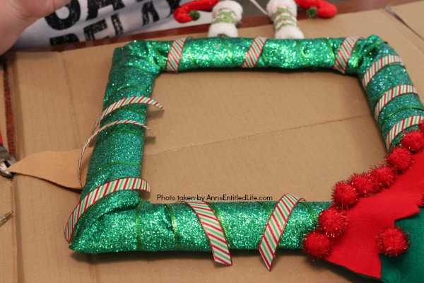 Christmas Elf Wreath Tutorial. This step-by-step tutorial will show you how to easily make this darling Christmas Elf Wreath in about 30 minutes. The templates are included in the post.