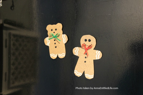 Easy Cork Magnets DIY Craft. This is an effortless, fun to make craft that will dress up your refrigerator this holiday season. Make one cork magnet or make a dozen! Older children will be able to help you fabricate this Easy Cork Magnets DIY Craft.