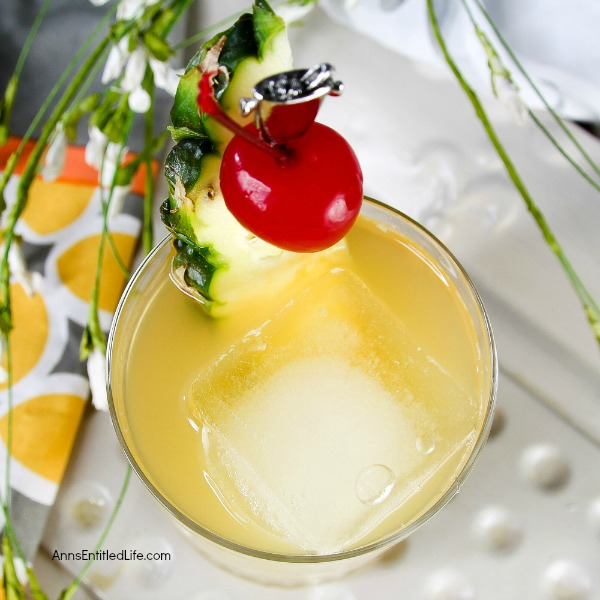 King George Cocktail recipe. A slightly sweet, slightly tart, completely delicious highball recipe. Sophisticated and smooth this fabulous, unique, King George Cocktail recipe is a sure hit!