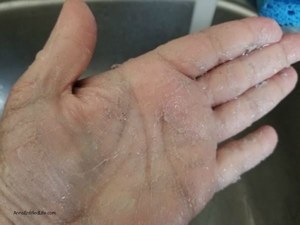 How to Make a Gardener Hand Soap Scrub. This wonderfully scented, very effective, homemade gardener hand soap scrub is very easy to make. If you have rough, dry, dirty hands from gardening and yard work, mix up a batch of this diy soap/hand scrub and let your hands feel good again. This makes a great gift for gardeners too!