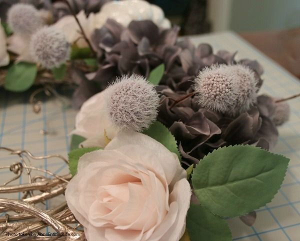 Shabby Chic Autumn Wreath. If you are a fan of shabby chic décor for your home, you are going to want to make this lovely shabby chic autumn wreath! Simple to make, the soft and understated colors are perfect shabby chic wall décor, or door décor.