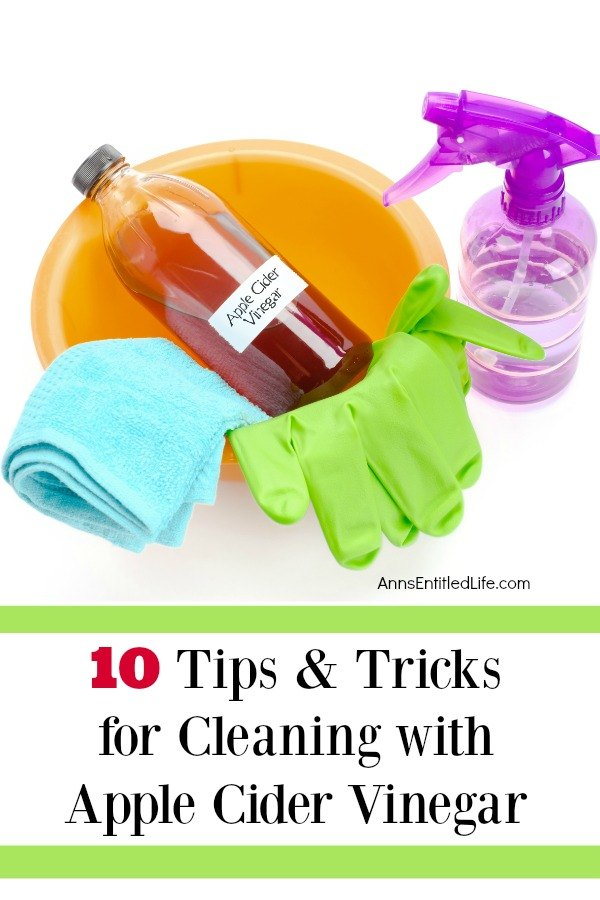 10 Tips and Tricks for Cleaning with Apple Cider Vinegar. Apple cider vinegar cleaning is a wonderful, natural way to clean grease and grime around the house. If you are not certain of the best uses for apple cider vinegar when cleaning, I have a handy list of tips and tricks you can use which will help leave your house sparkling clean and smelling great.