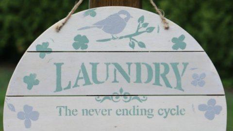 Farmhouse Décor: Laundry Room Organizer