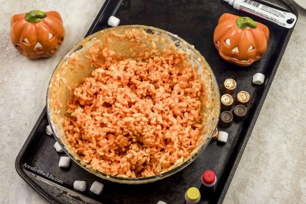 Jack O'Lantern Rice Crispy Treats Recipe. These adorable Jack O'Lantern rice crispy treats are an easy to make snack. They are great for the Halloween season without being too spooky for small children. Your little ghosts and goblins will devour these tasty, fun treats.