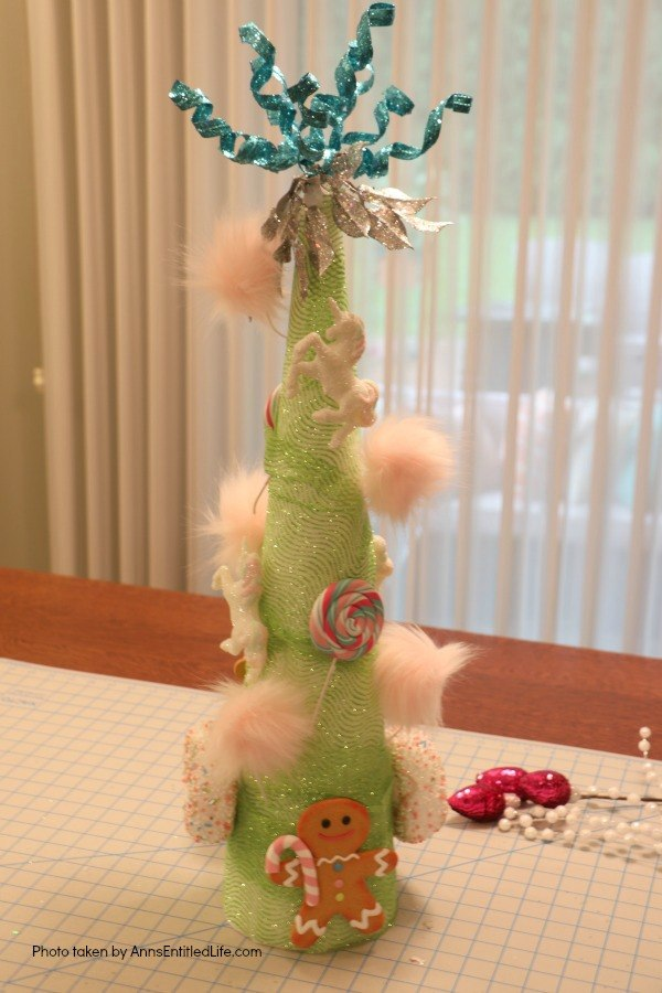 Unicorn Tree DIY. If you are looking for an easy to make Unicorn tree craft, this is the DIY for you! This is a beautiful, very quirky unicorn decoration full of bright, colors, as well as some sparkle and glitter. This wonky unicorn tree is a fun holiday, or unicorn party, decoration.