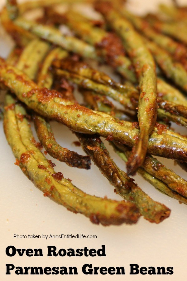 close-up of a bunch of oven-roasted green beans