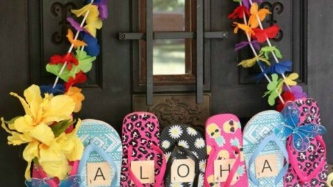 Flip Flops Door Hanger: Dollar Store Craft