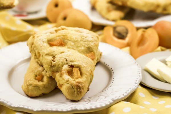 Fresh Fruit Scones Recipe. Nothing beats fresh, in-season fruit! This fresh fruit scones recipe is a great way use that fresh summer produce. This easy scones recipe produces scones that are delicious, moist, and flavorful. Make a batch for now, and freeze a batch of fruit scones for later!