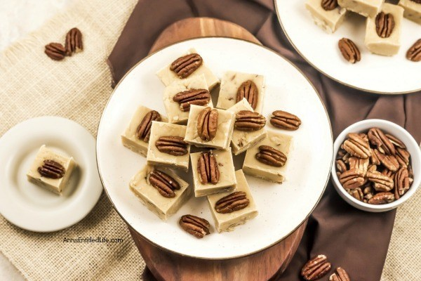Pecan Pie Fudge Recipe. If you like pecan pie you are going to love the sweet maple-pecan taste of this terrific pecan pie fudge recipe. This sweet, pecan filled fudge recipe tastes just like your favorite pecan pie. Great for homemade gifts, your holiday dessert tray, or a special treat for your family, this is one outstanding fudge recipe.